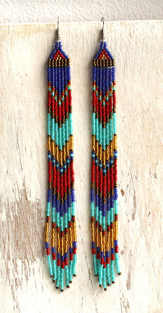 Очень длинные серьги в этническом стиле. Авторское изделие из бисера