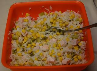 sałatka z indyka i ryżu