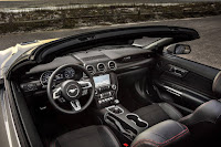 Ford Mustang GT California Special Convertible (2019) Interior