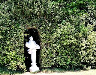 statua, siepe, foglie