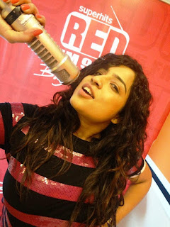 Sweet Indian RJ pics, charming Indian RJ photo, Glamours Indian Radio Jockey Photo in HD
