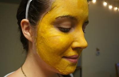 Buat Masker Kunyit Untuk Wajah Halus Dan Cerah Alami
