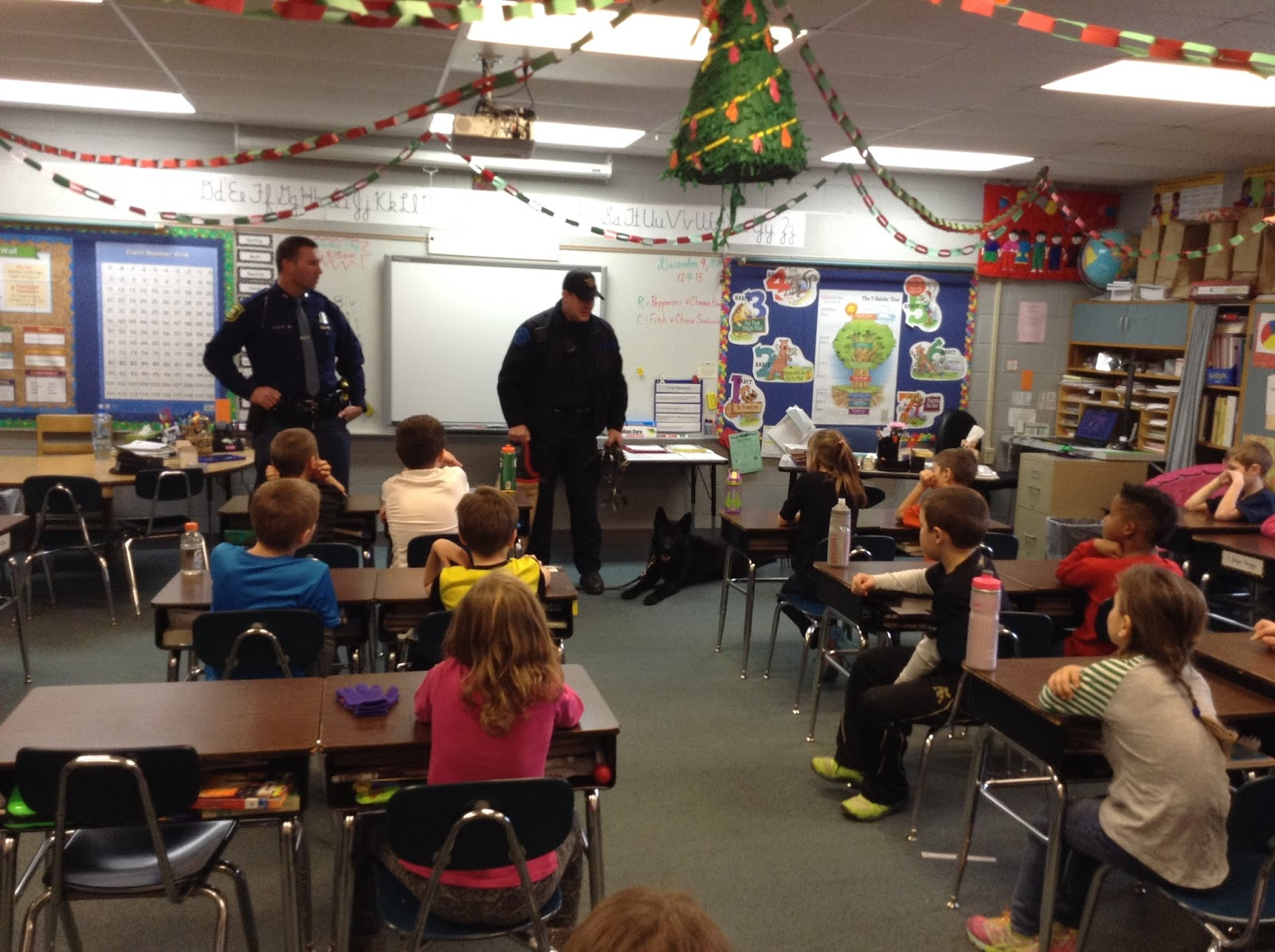 Big Rapids Public Schools News Students Learn About An Officer And