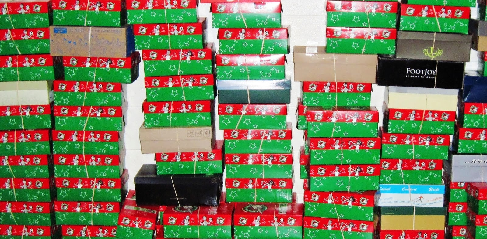 packing Operation Christmas Shoe Boxes for kids in need