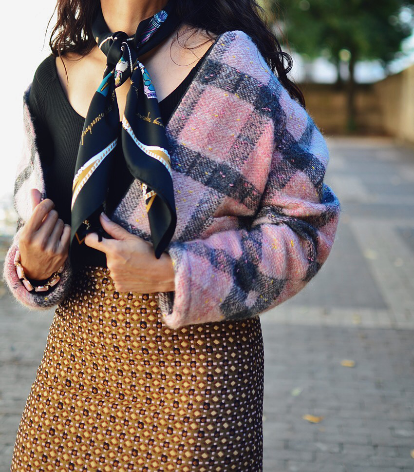 Mixed textures street style