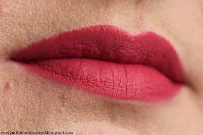 Bourjois Rouge Velvet The Lipstick 04 Hip Hip Pink