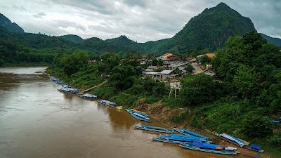 Nong Khiaw river