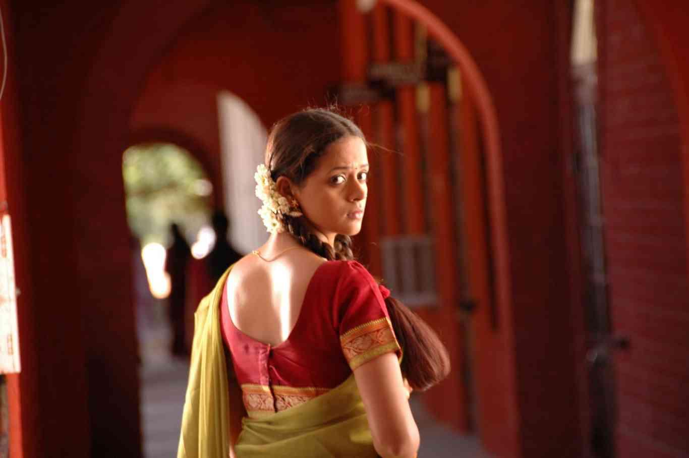 Bhavana Latest Stills From Prema Nilayam