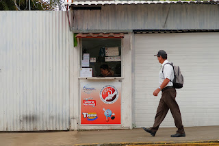 Lottery tickets in Puriscal.