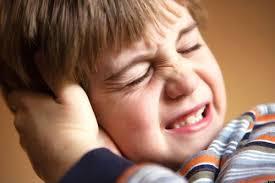 Liệt mặt, suy kiệt vì viêm tai giữa