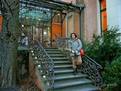 En las escaleras de LiteraturHaus