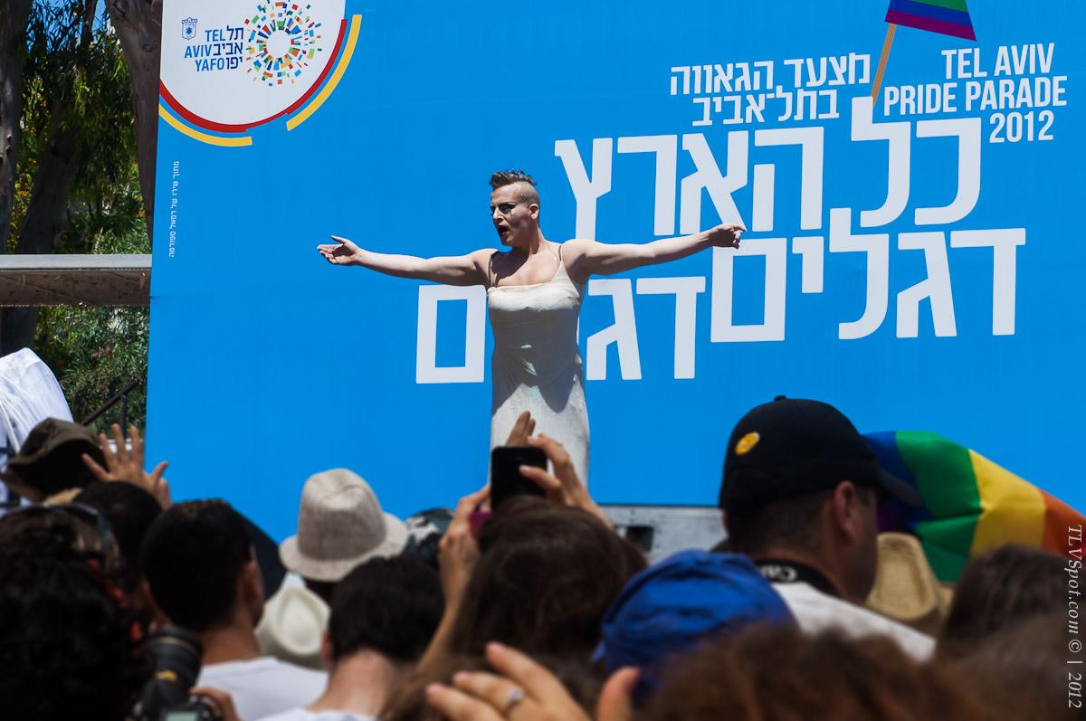 Tel+Aviv Gay Pride Parade 042 Tel Aviv Gay Pride Parade 2012 Tel Aviv Photos Art Images Pictures TLVSpot.com
