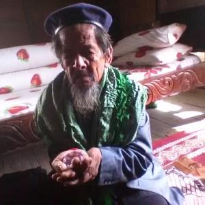 Kakek Di Sulawesi Ini Jual Berlian Untuk Bangun Pesantren