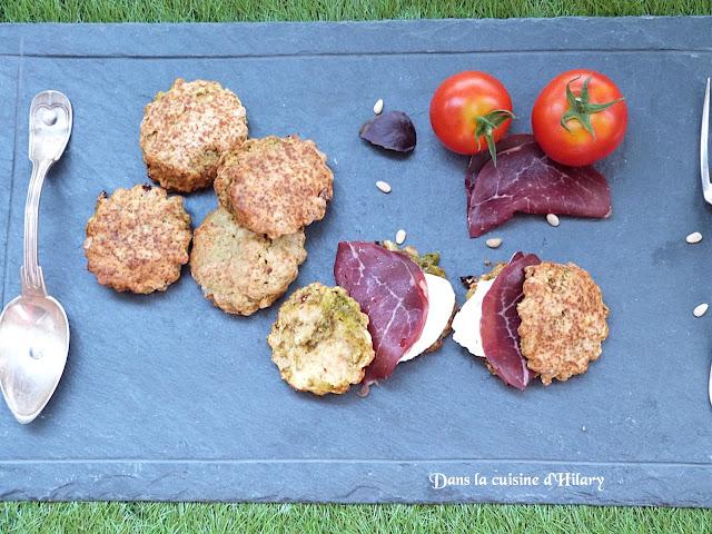 Scones au pesto, tomates séchées et pignons de pin