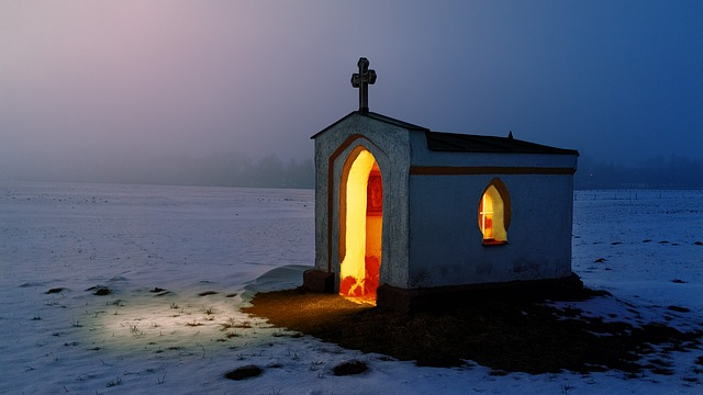 identificar igrejas falsas