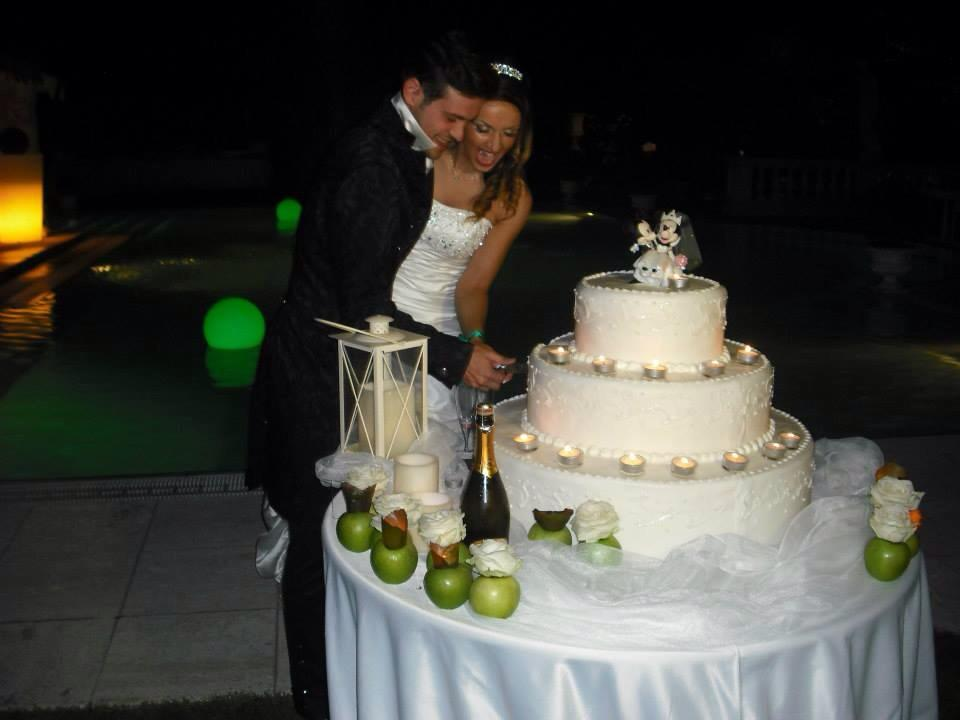 http://www.ilblogdisposamioggi.com/2014/10/matrimonio-verde-smeraldo-disney