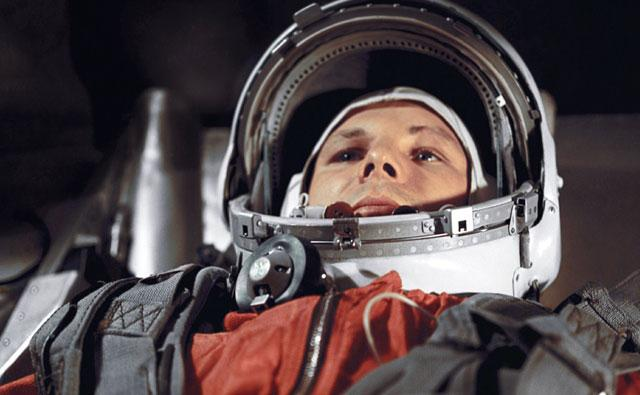 how was responsible for yuri gagarin in space flight - photo #15