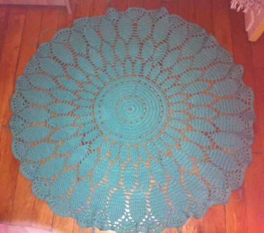 scrap along karelle tapis en crochet. Black Bedroom Furniture Sets. Home Design Ideas