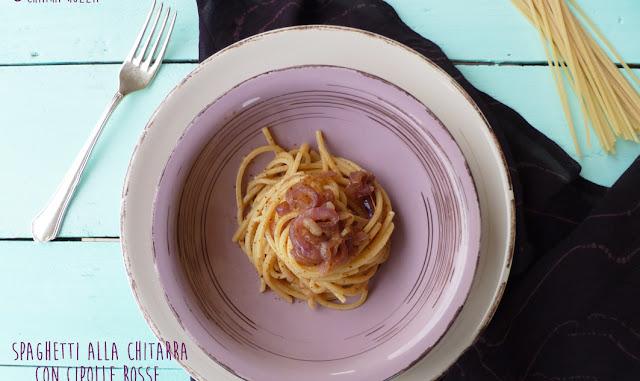 Spaghetti alla chitarra con cipolle rosse di Tropea e bottarga di tonno