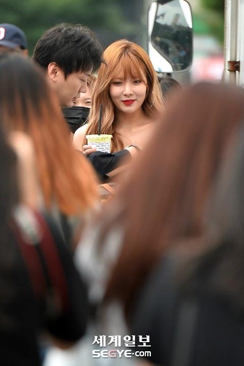 """✰PHOTO✰ Hyuna w drodze na nagrywanie odcinka do """"Happy Together"""""""