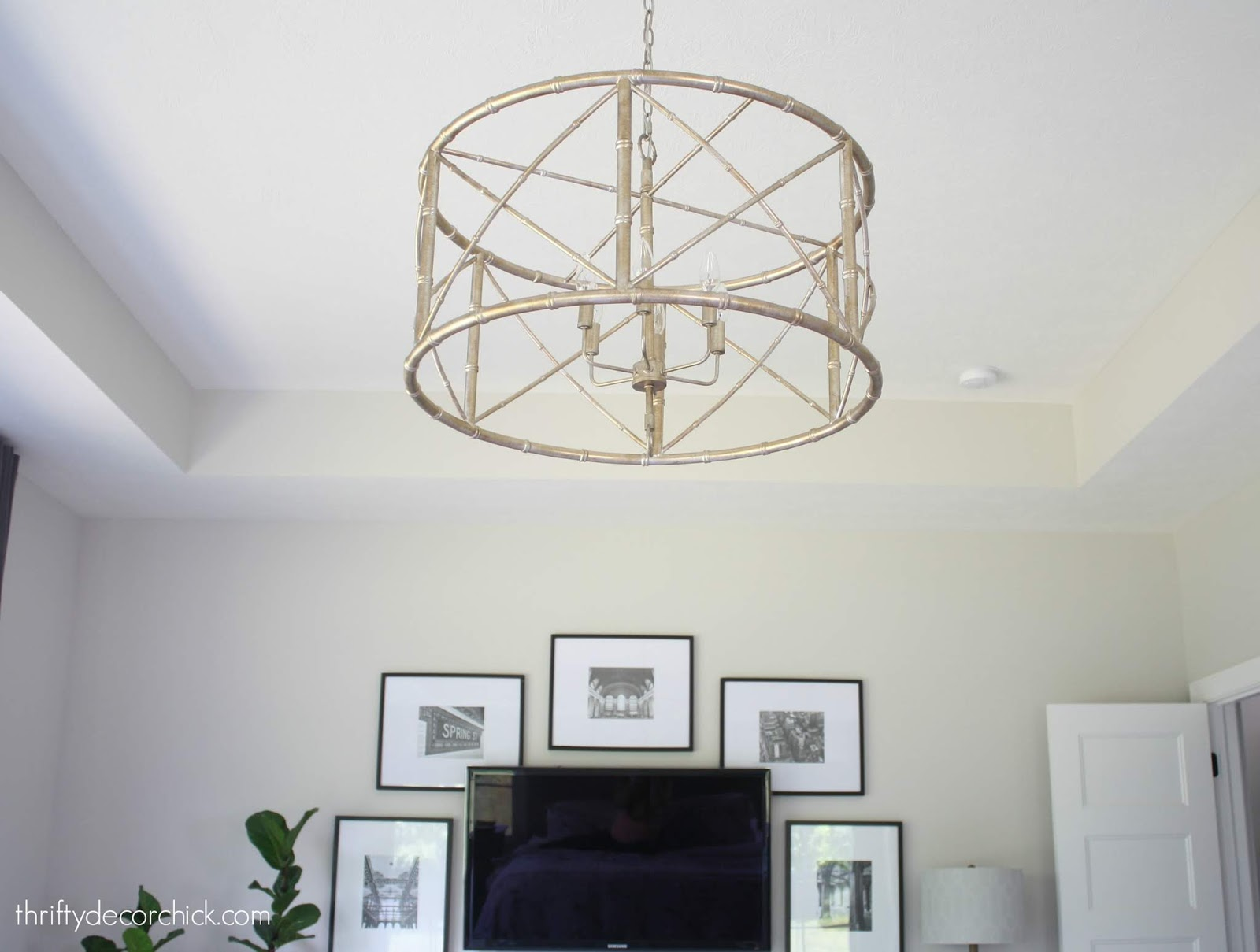 Round drum shape chandelier
