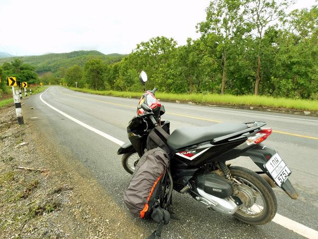 alquilar moto tailandia