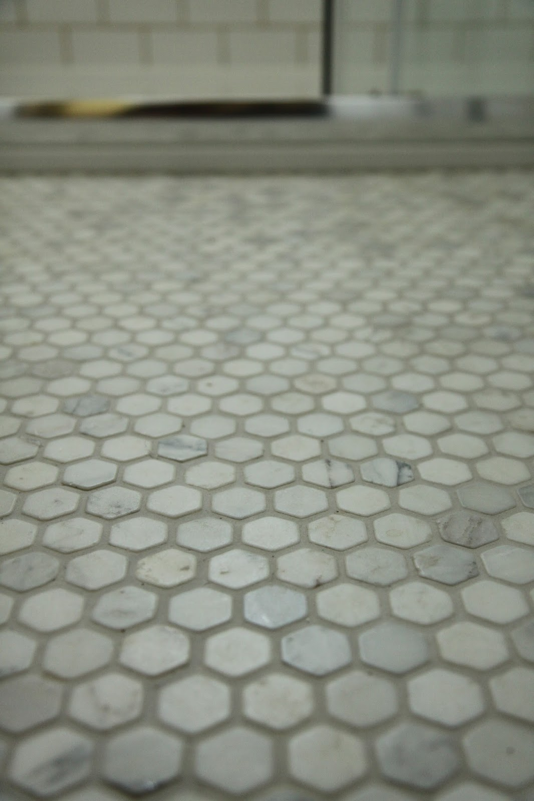 Modern Country Style: Our Gorgeous Hexagonal Marble Mosaic
