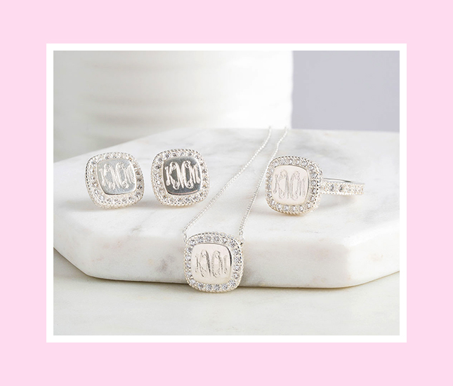 personalized pave set