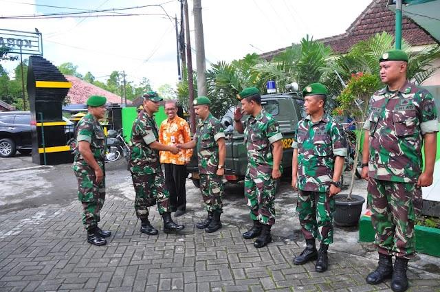 Jalin Silaturahmi dengan Anggota, Dandim 0821 Laksanakan Kunjungan Kerja ke Koramil Jajaran