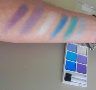 Paleta Embrace Obscurity Swatches