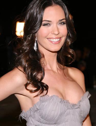Hollywood actress big boobs pics