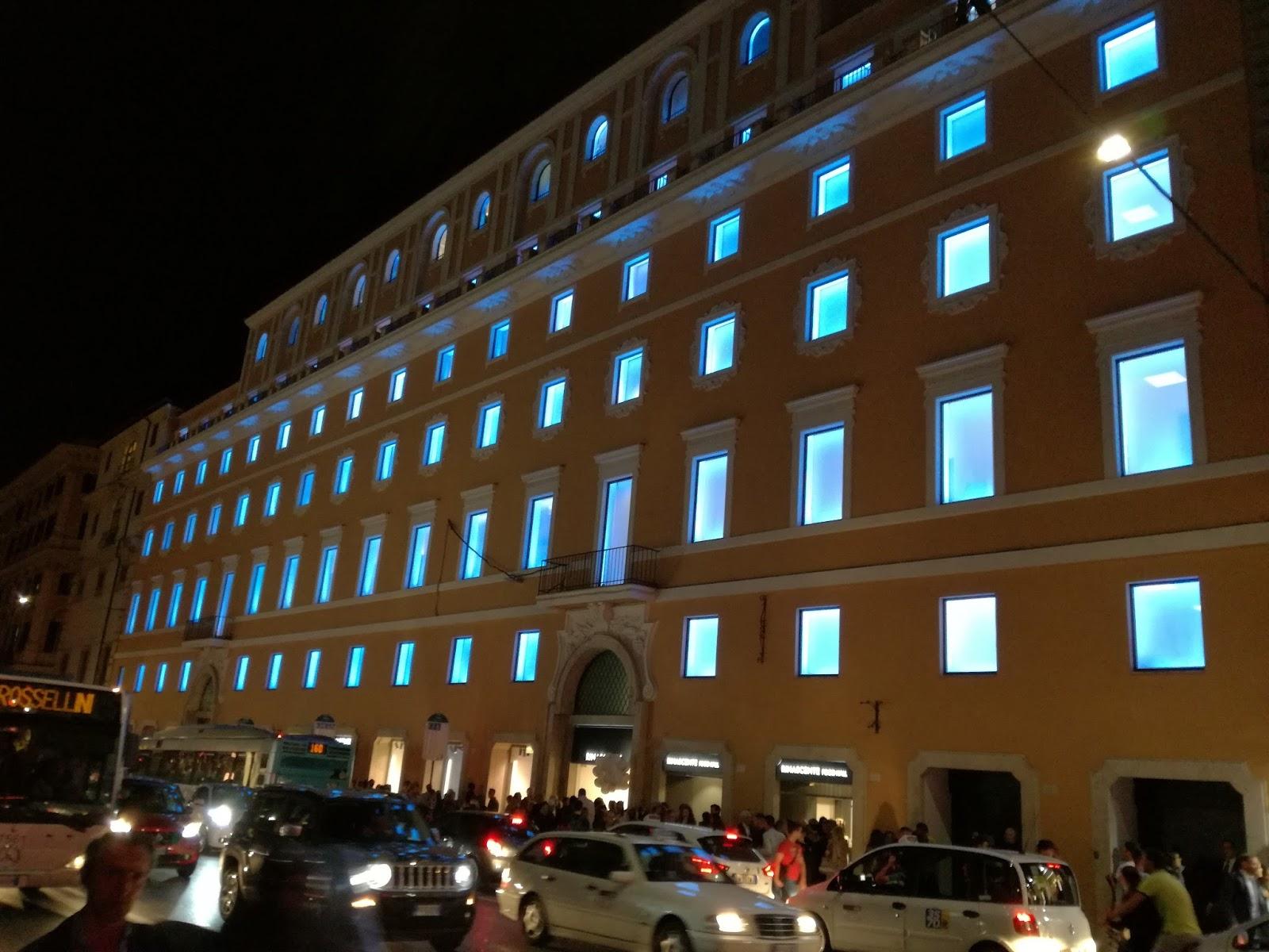 Roma shop more la nuova rinascente di via del tritone for Rinascente via del tritone ristorante
