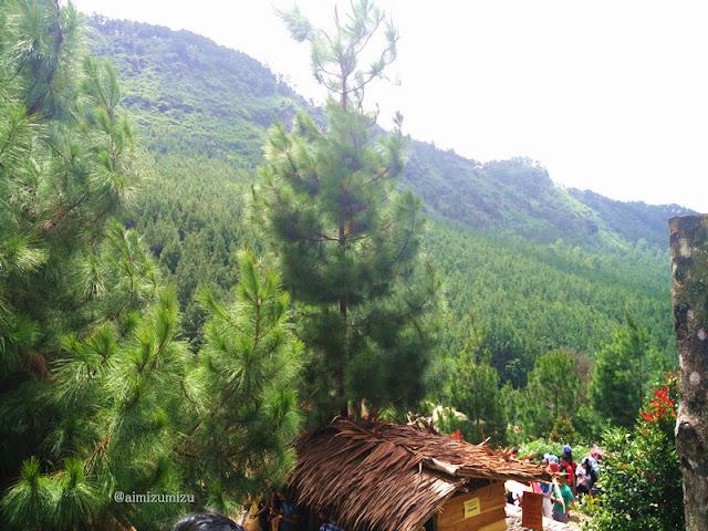 pemandangan The Lodge Maribaya