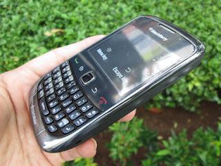 hape seken blackberry 9330 cdma super murah