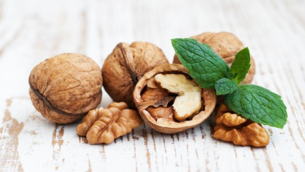 walnuts-cancer-fighting-food.jpg