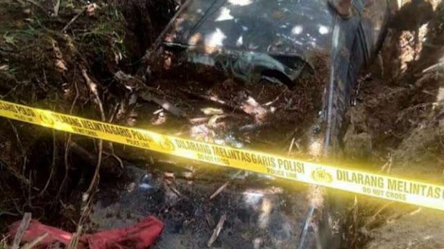 Tak Mampu Bayar Cicilan, Mobil  Xenia Dikubur di Kebun Sawit