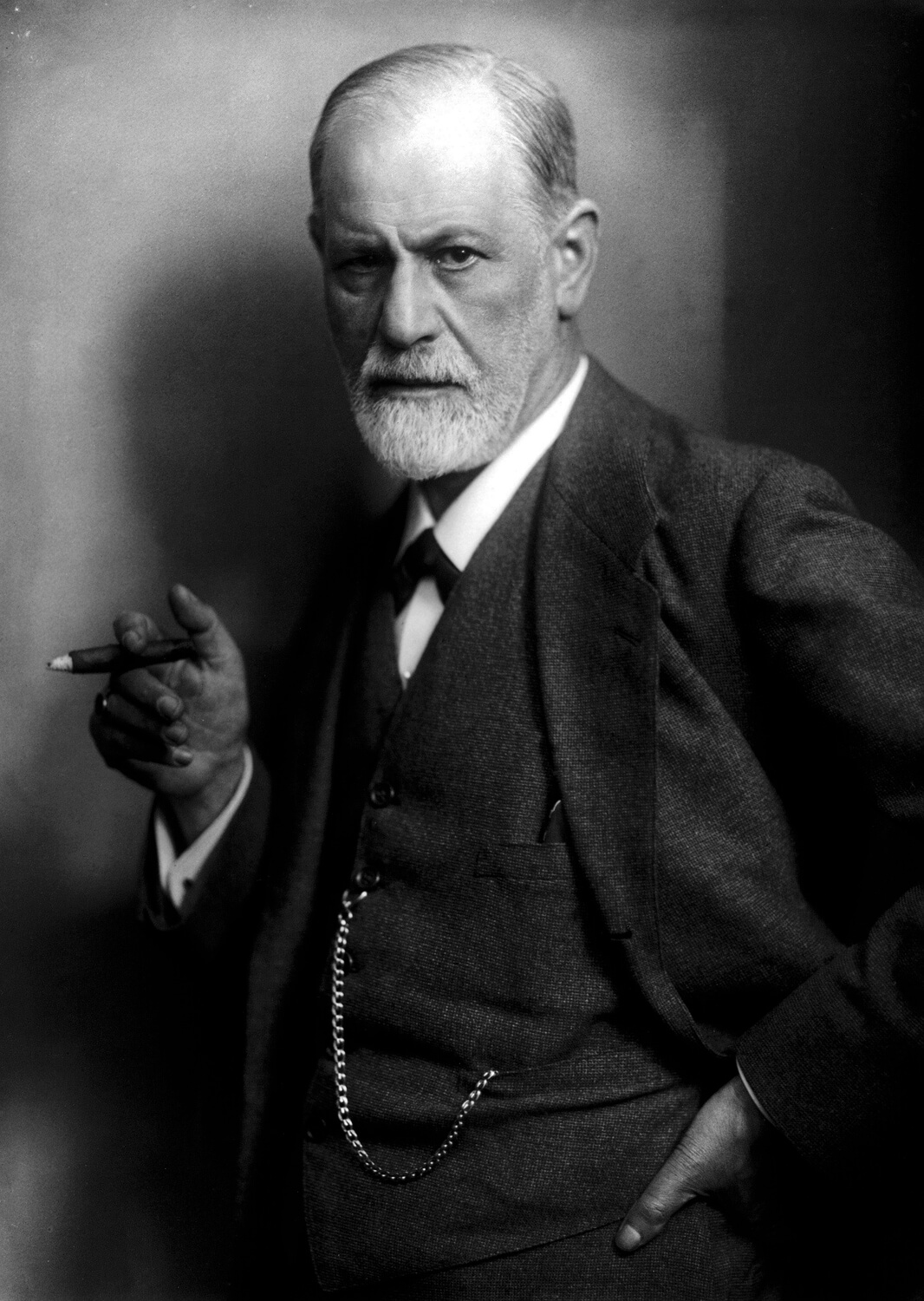 10 Must-Read Books That Changed The World - The Interpretation of Dreams by Sigmund Freud
