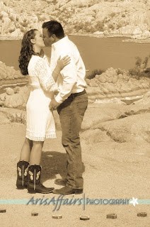 Aris Affairs Photography can create stellar engagement photos with a western theme in Prescott.