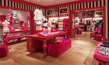 568b17bd3 Outro fator de sucesso da loja foi proporcionar privacidade ao comprar  roupas íntimas em um local especializado e não em lojas de departamento
