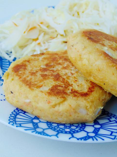 Kotlety ziemniaczano-sojowe z marchewką