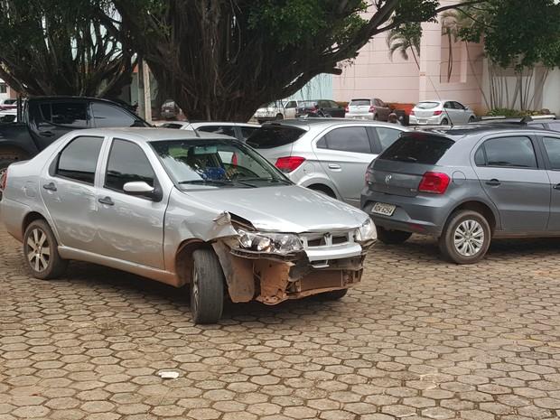 Mulher tenta atropelar ex-marido após suspeita de traição em Ji-Paraná