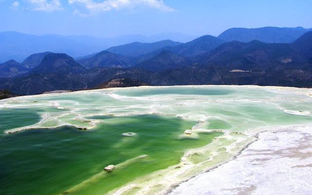 Piscina natural em Hierve el Agua - Oaxaca - México