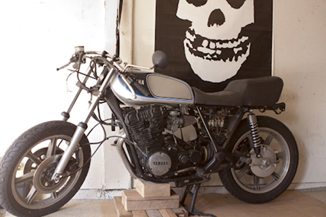 Yamaha XS750 stock project bike