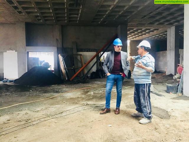 El Alcalde de Breña Alta celebra el acceso al módulo de aparcamientos de los Álamos y la inminente conclusión de la obra del Agromercado