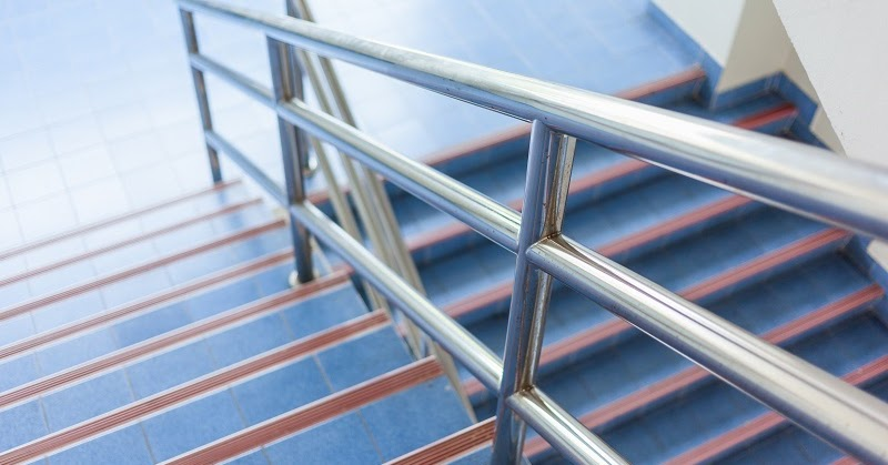 My Thought Hub: Powerful Advantages of Choosing Stainless Steel Handrails