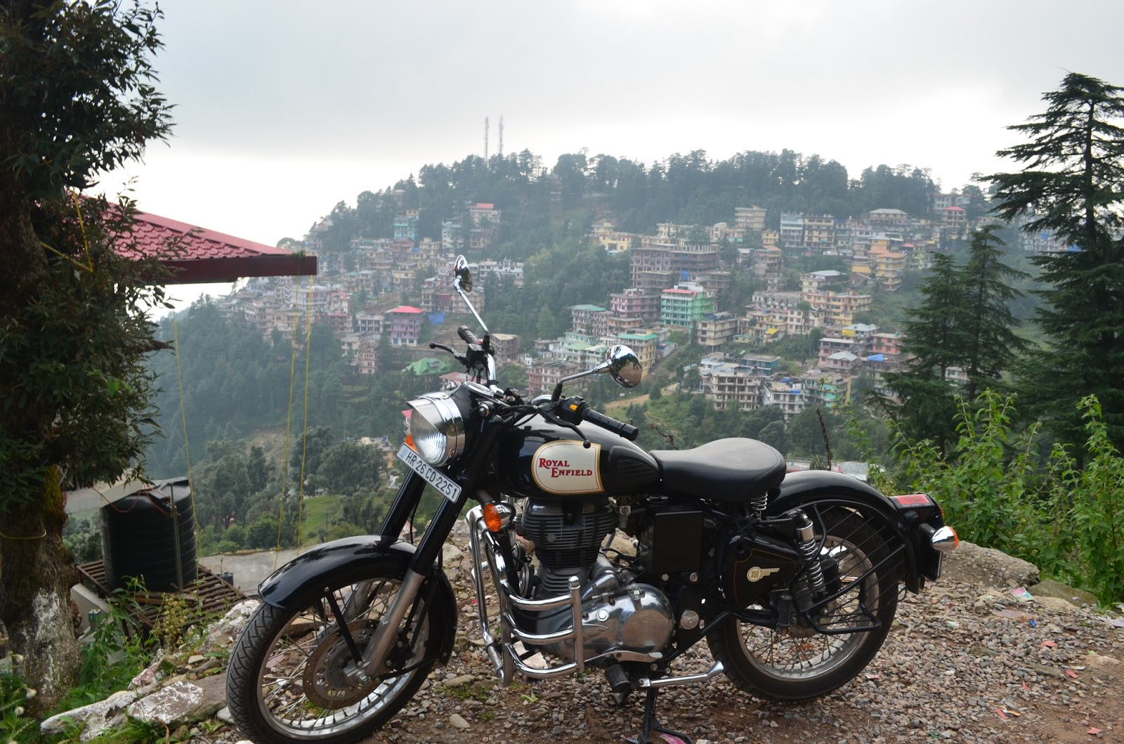 Royal Enflied Classic 350 on hills