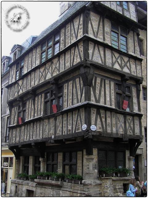 BAYEUX (14) - Maisons à pan de bois