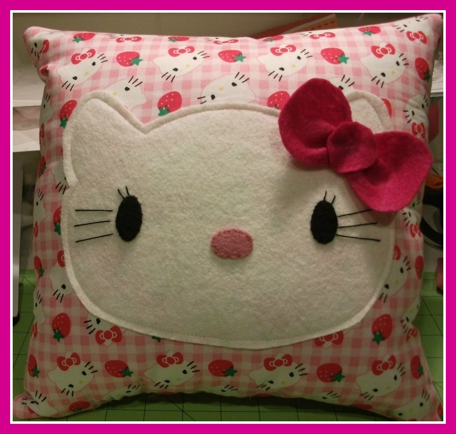 HELLO KITTY PILLOW | Donas Charity Cross Stitch
