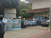 Siswa SMA Gelar Aksi Bela Guru Diduga Doktrin Murid Benci Jokowi