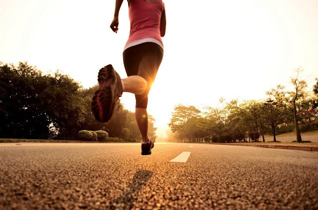Correr, pular corda ou caminhar?